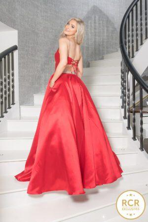 Satin ballgown, with a corset back and hidden pockets